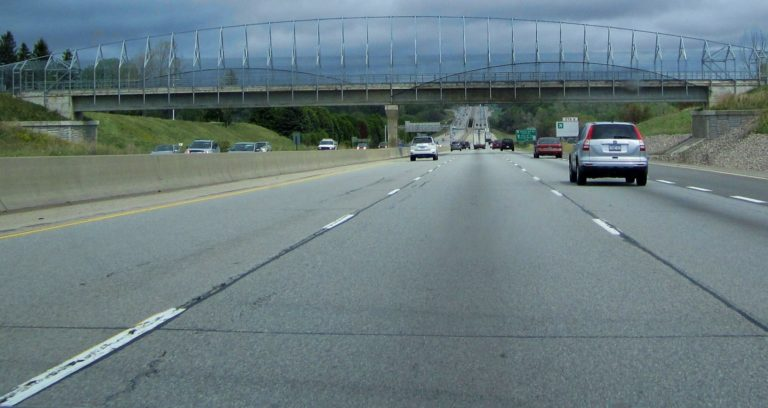 Widening project proceeding for Highway 401 in Cambridge