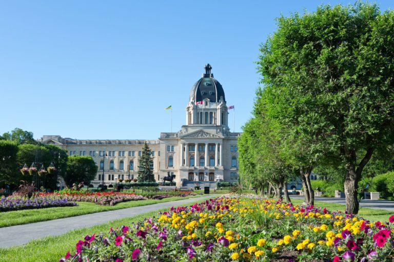 Saskatchewan signs bilateral infrastructure agreement