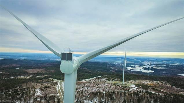 Mont Sainte-Marguerite Wind facility completed