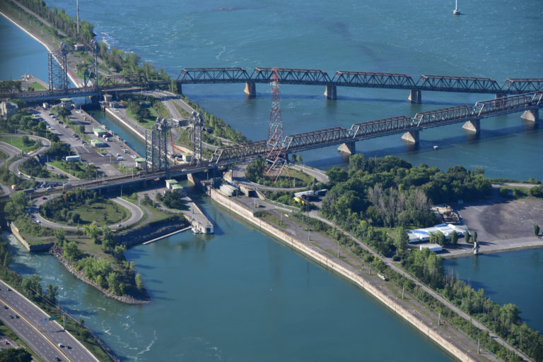 Major rehabilitation work ahead for Victoria bridge in Montreal